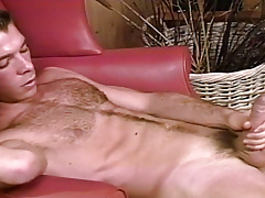 Sean Patton pops a video of unchipped stud Marc Brody !
