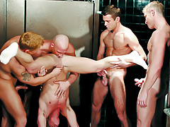 Fellows Enjoying An Orgy Of Orally fixating & Rimming In The Shower-room