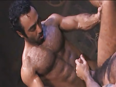 Bear Arabian gay drills hairy dilf in archeological dig